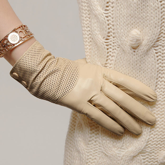 перчатки бежевые из кожи от Fauzer