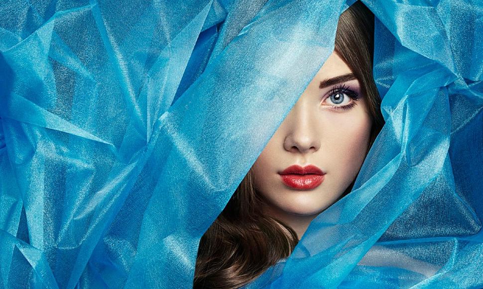 Синие и голубые палантины и платки