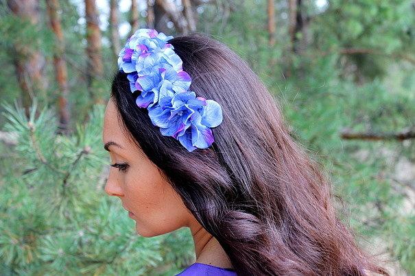 ободок с синими цветами