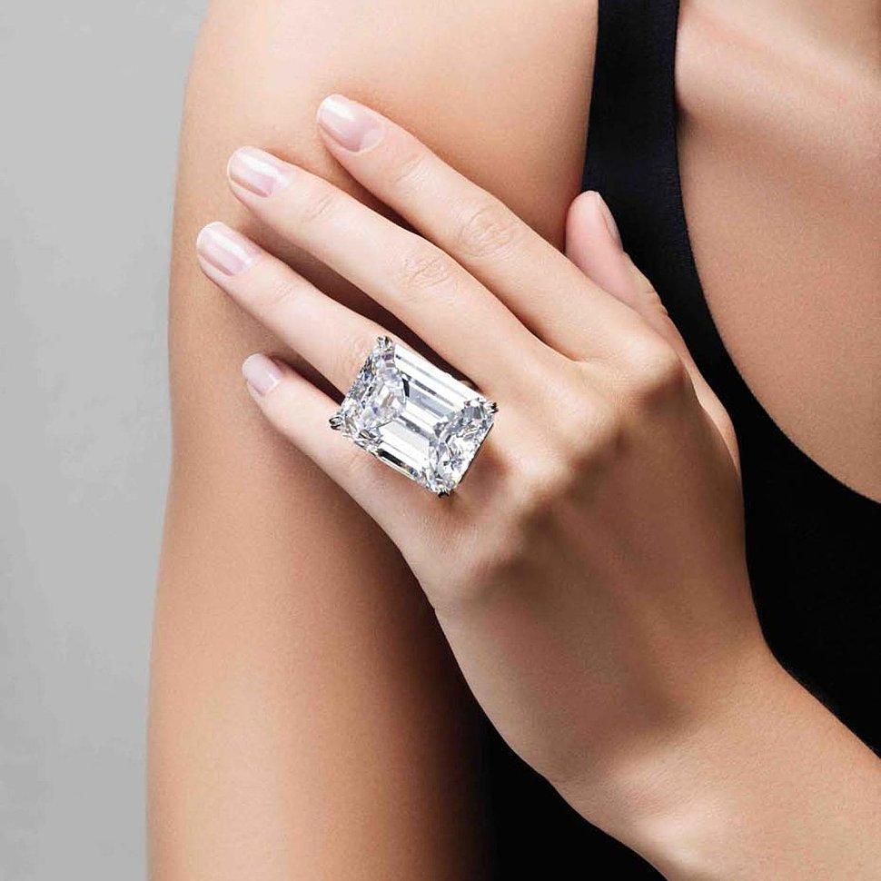 серебряные кольца с камнями FAUZER