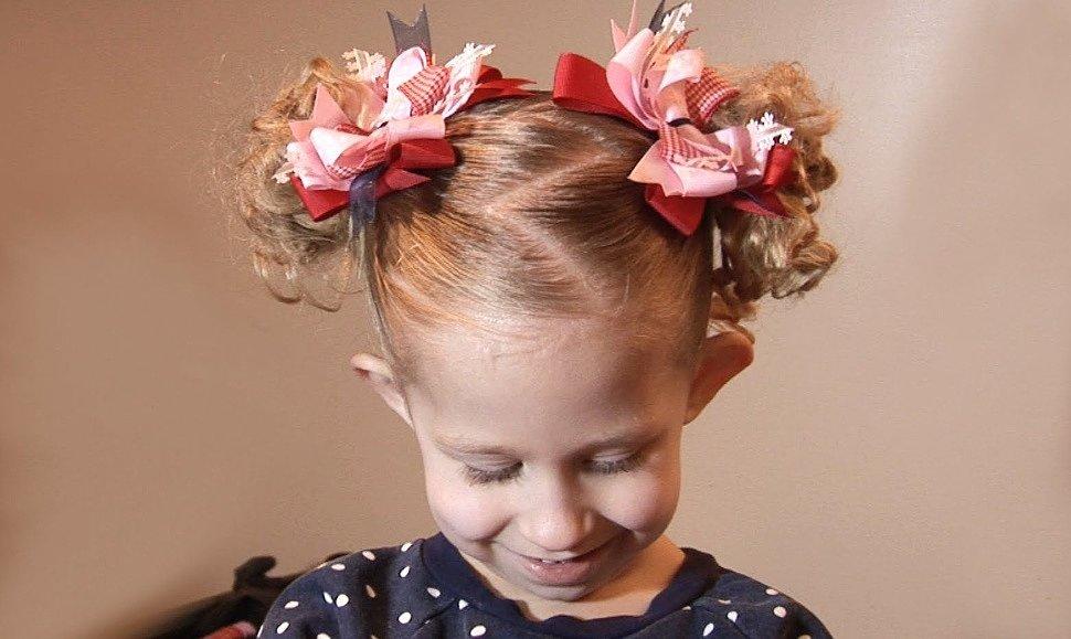 Детские прически с резинками для волос в школу
